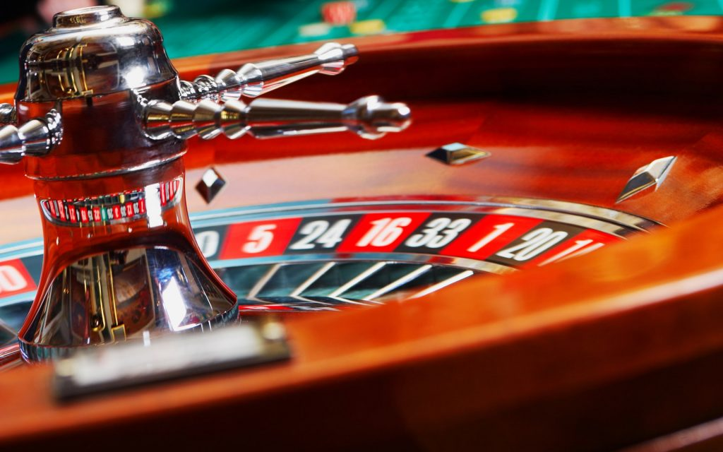 Ways Facebook Destroyed Your Online Gambling Without Me