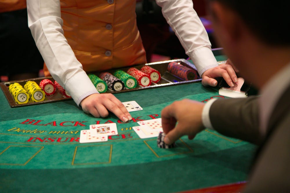 Info Everybody Should Know about Online Gambling